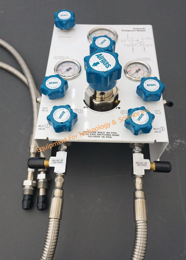 AirGas Automatic Changeover Module with stainless regulators and gas lines- CGA580 fittings