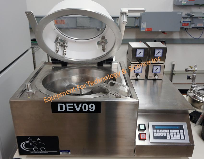 CEE 100FX coater for 300mm wafers or substrates up to 8x8 square