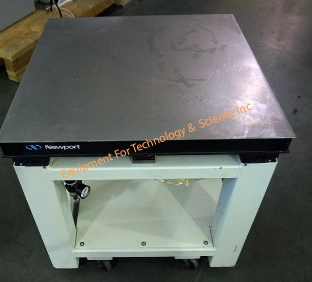 Newport VH3030-SP vibration isolation table, 30x30x2