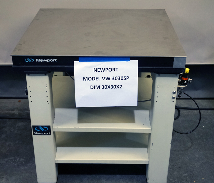 Newport VH-3030W vibration isolation table 30in x 30in